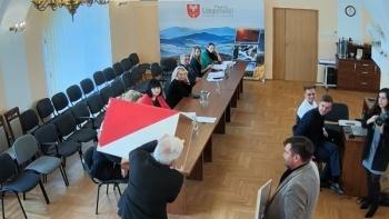 Radni nie byli zgodni, ale Józef Pietrzak został przewodniczącym Rady Powiatu Limanowskiego