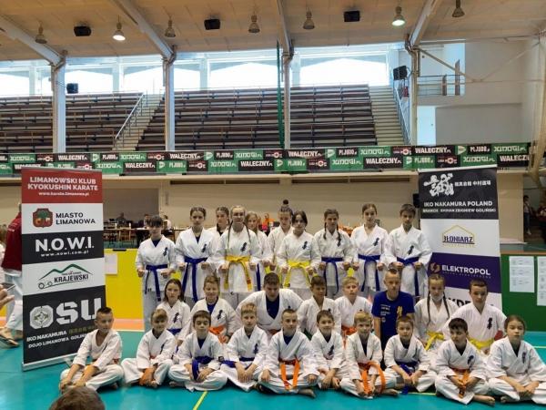 Karatecy z Limanowej zdobyli 24 medale na III Pucharze Beskidów w Bielsku-Białej