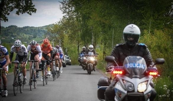XXXVIII Międzynarodowy Wyścig Kolarski Juniorów. W najbliższy weekend będą utrudnienia na drogach powiatu
