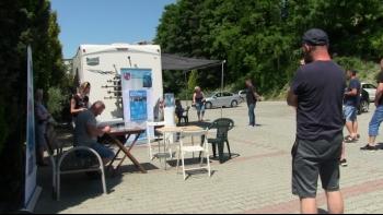 Weekendowa akcja szczepień. Plenerowy punkt stanął w Mszanie Dolnej. Kolejna akcja już w tę sobotę