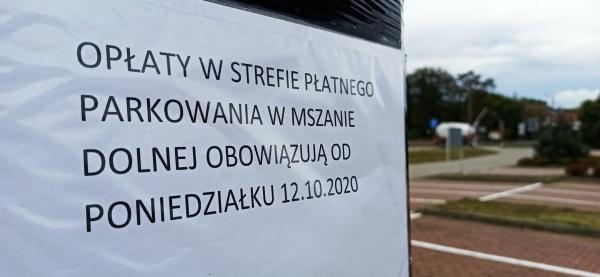 """""""Metropolia województwa"""", czyli co internauci myślą o płatnych parkingach. 12 października kończy się darmowe parkowanie"""