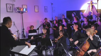 """""""Ludu, mój ludu"""" w opracowaniu Sebastiana Szymańskiego to drugi utwór prezentowany w ramach wielkopostnego cyklu przez Gminny Ośrodek Kultury w Dobrej"""